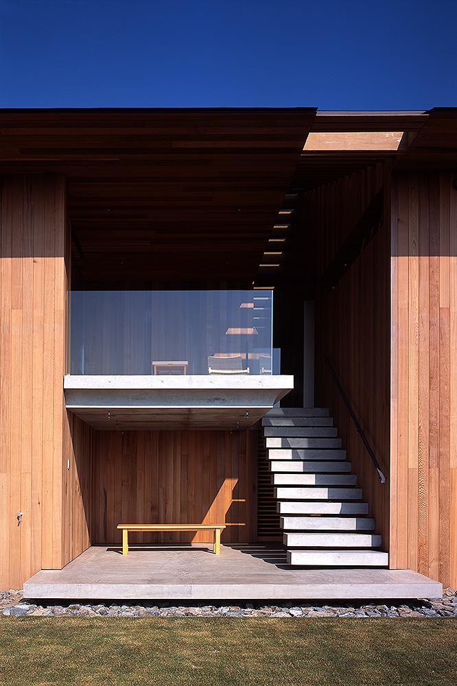 Air flow house 055