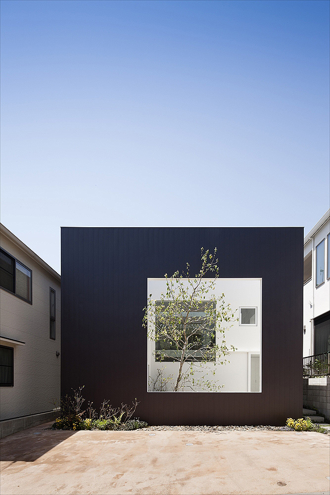 completion date :2012 principal use : house building site:Hiroshima