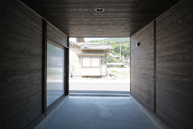 completion date : 2004 principal use : storehouse building site : Fukuyama